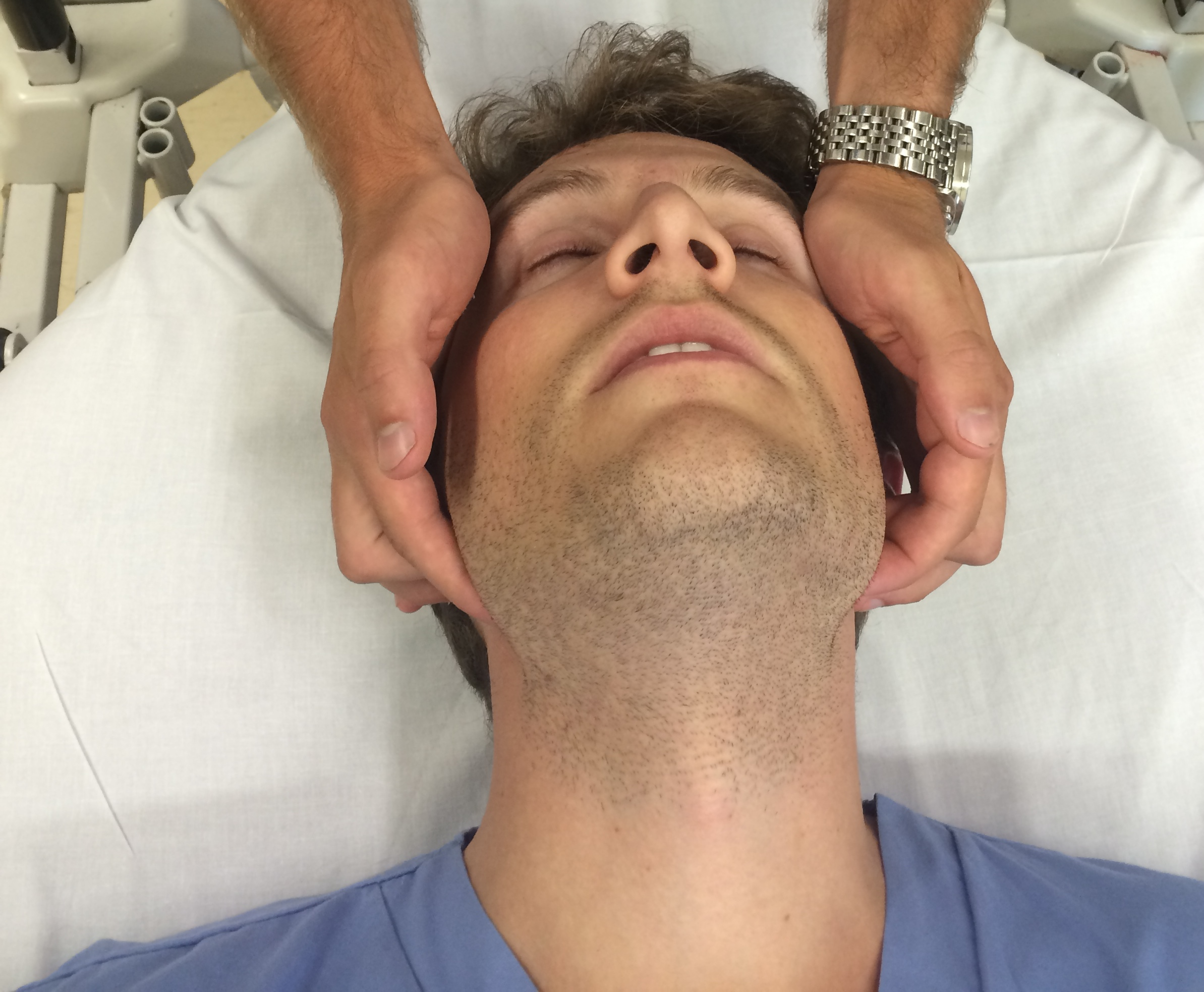 Bilderesultat for jaw lift airway anesthesia